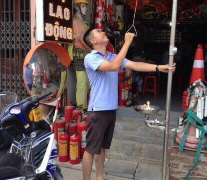 Bồn rửa mắt khẩn cấp giá rẻ tại Hà Nội Bình Dương đạt tiêu chuẩn.