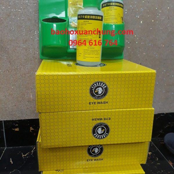 bán chai rửa mắt khẩn cấp